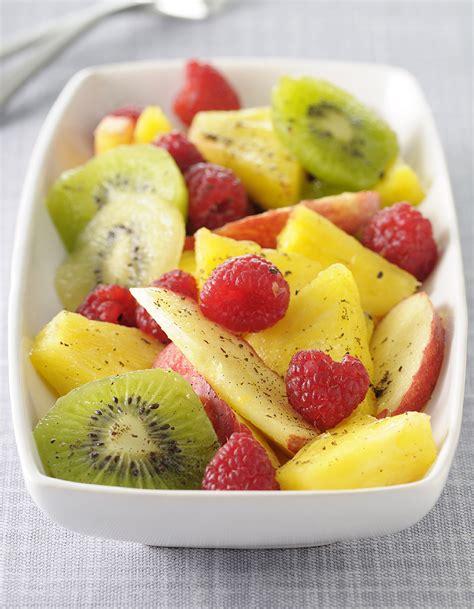 recettes de cuisine facile pour le soir salade de fruits citronnelle et pistaches pour 6 personnes recettes à table