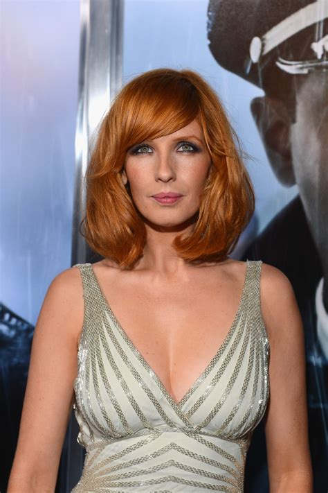 kelly king actress instagram kelly reilly in premiere of paramount pictures quot flight