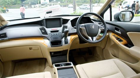 Research the 2020 honda odyssey at cars.com and find specs, pricing, mpg, safety data, photos, videos, reviews and local inventory. Toyota Ipsum vs. Honda Odyssey: Which is Best ...