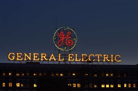 general electric kühlschrank general electric sign on ge administration building schen flickr