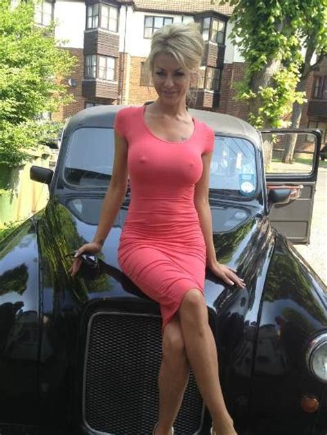 Sex images Sexy MILF with puffy nipples under the tight pink dress   THE-SEX.me