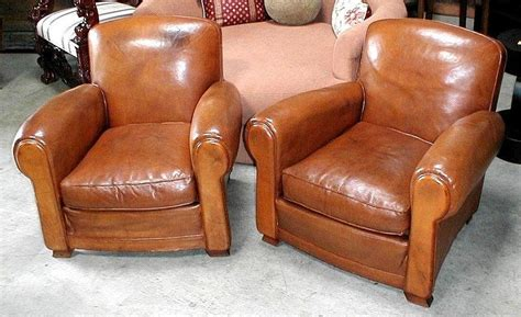 antique club chairs leather club chairs vintage humpback pair item 1262