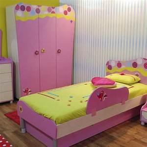 Lit Enfant Dimension : literie les dimensions de lit ooreka ~ Teatrodelosmanantiales.com Idées de Décoration