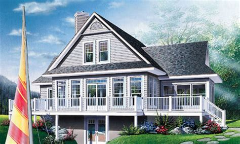 Traditional Style House Plan 3 Beds 2 Baths 1832 Sq/Ft