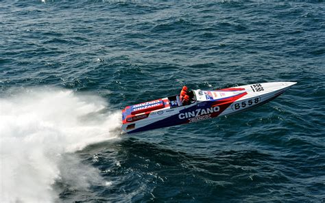Cigarette Boat Te Koop by Italian Offshore Racing Vs Speed
