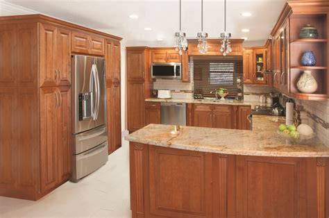 cinnamon glaze kitchen cabinets cinnamon glaze ready to assemble kitchen 5423