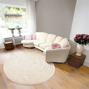 comment choisir le tapis de son salon bricobistro With tapis rond salon