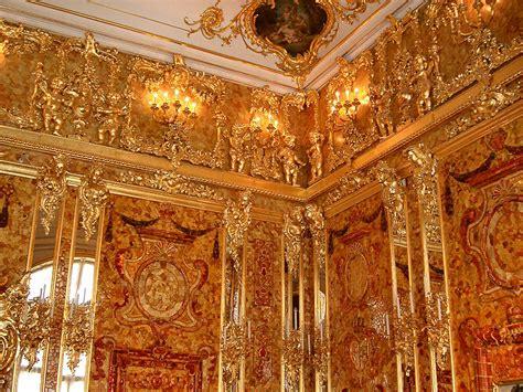 tsarskoye selo  palaces  saint petersburgs suburbs