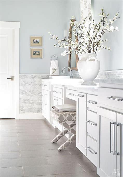 White Spa Bathroom by Best 25 Spa Master Bathroom Ideas On Spa