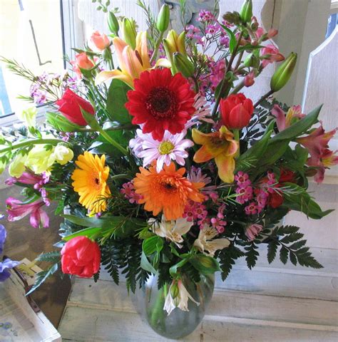 kingdom bloggers flowers  testify  jesus
