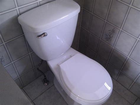 plumbing      toilet shut  valve