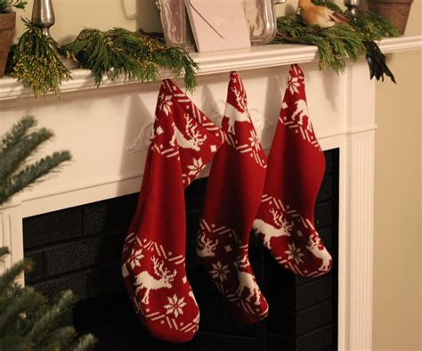 twenty five days of christmas minu stocking on a rope from crackabsral 36 free knitted patterns for guide patterns
