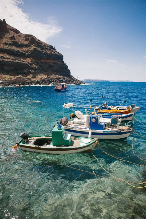 Rock Jumping Santorini Greece Travel Greece Honeymoon