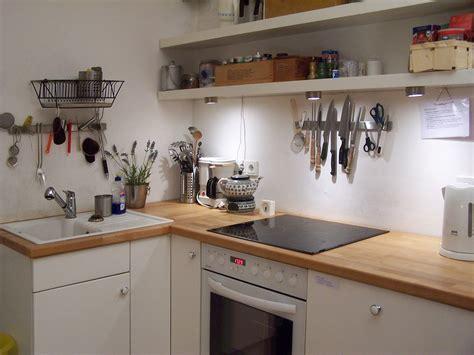 ideen kleine küche kleine wohnung einrichten ideen kleine villa am see kueche