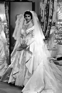 iconic wedding dresses and iconic weddings and dresses hannahs note