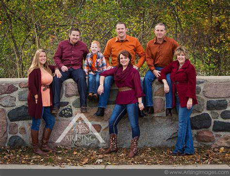 color schemes for family photos top 10 reasons to do fall family pictures