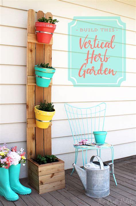 diy vertical planter  fence slats  terra cotta pots