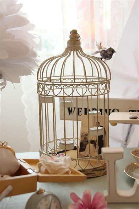 vintage vogelkaefig als dekoration fuer deine hochzeit