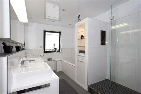 Kleines Bad Dusche Badewanne by Kleines Bad Dusche Und Badewanne