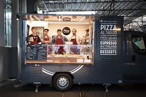 Camion Food Truck Occasion : food truck mon resto est un camion femina ~ Medecine-chirurgie-esthetiques.com Avis de Voitures
