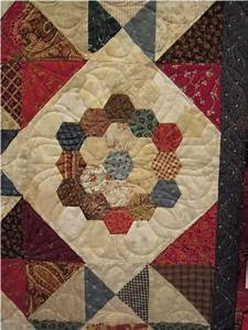 Quilt Inspiration  Vintage Hexagon Quilts