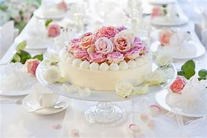 Torte Zum 50 Geburtstag Selber Machen : zuckerblumen f r tortendeko selber machen gezuckerte rosen ~ Frokenaadalensverden.com Haus und Dekorationen
