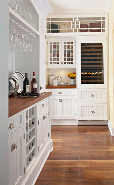 kitchen butler pantries pantry butlers organized traditional kitchens layout floor homes bar walnut cabinets traditionalhome wine doors through prep cottage