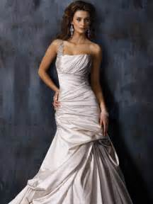 top wedding dress designers designer wedding dresses wedwebtalks