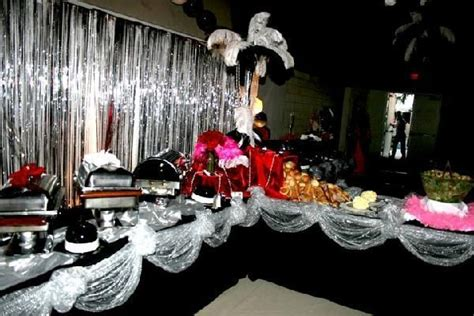 17 Best Ideas About 1920s Party Decorations On Pinterest