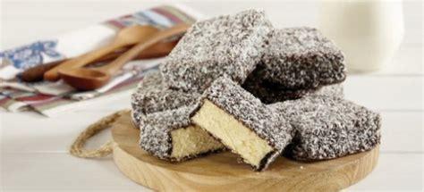 recette de cuisine australienne recette du lamington gâteau traditionnel australien