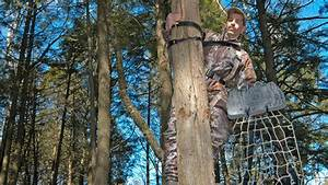 Treestand Accidents More Common In Bowhunting