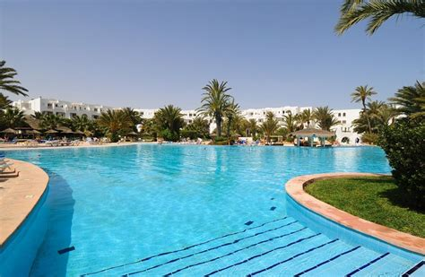 Vincci Djerba Resort 4. Four Points By Sheraton Lhasa Hotel. Hotel De Schelde. Le Palais Hotel. Little Polynesian Resort. Anno Apartments. Hotel Vila Gale Cumbuco. Paleos Apartments. Resort Land & Zee