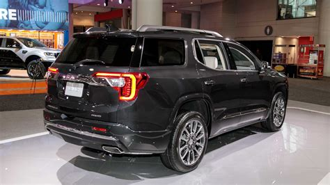 gmc acadia 2020 dimensions 2020 gmc acadia refresh revealed with new turbo 2 0l engine