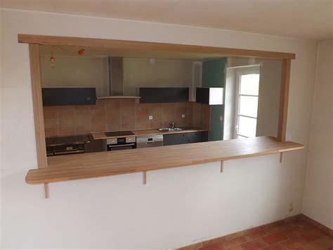 cuisine ouverte sur salon agencement intérieur relooker logement empreinte bois