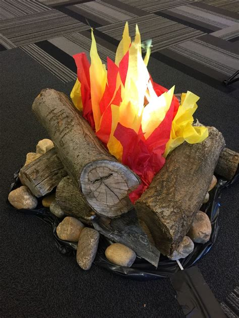 fake campfire    fan tissue paper  led lamps