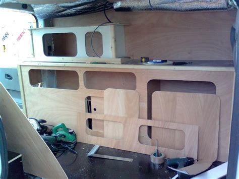 camion amenage pour cuisine meuble pour fourgon aménagé voyage sponsorisé