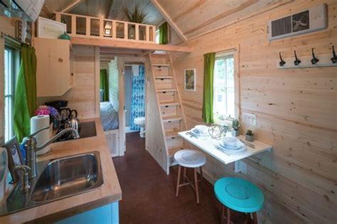 zoe tiny house  mt hood tiny house village