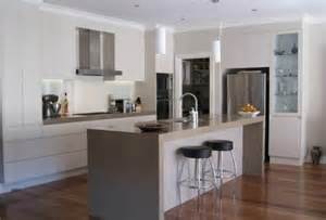 kitchen island small kitchen kitchen design ideas get inspired by photos of kitchens
