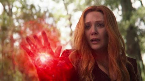 scarlet witch kills vision visions death wakanda team