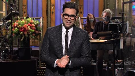 Page played fan favorite, the duke of hastings, in the hit netflix show. Dan Levy's Quotes About The 'SNL' Note Tradition Clarify ...