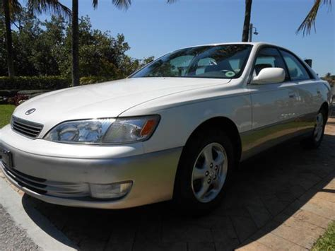Purchase Used 98 Lexus Es300 Only 48k*one Owner Books