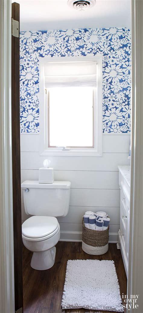 Bathroom Stencil Ideas by 25 Best Ideas About Bathroom Stencil On