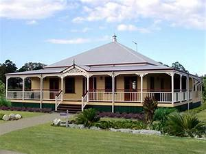 Queenslander Traditional Queenslanders