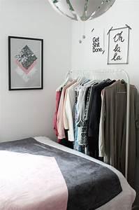 Kleine Zimmer Gemütlich Einrichten : kleine zimmer einrichten lieblingsecke giveaway rosy grey diy blog lettering m nchen ~ Bigdaddyawards.com Haus und Dekorationen