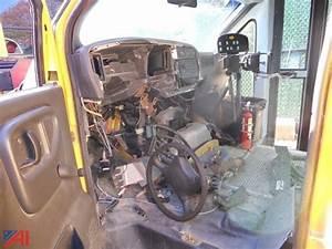 Seat Corbeil : auctions international auction southampton ufsd 9983 item 2002 gmc corbeil school bus ~ Gottalentnigeria.com Avis de Voitures