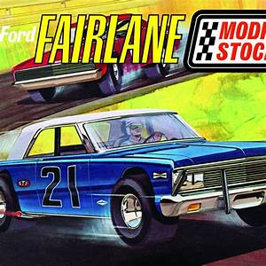 Scale Model Police Lights Amt 1965 Ford Fairlane Modified Stocker 1 25 Scale Model