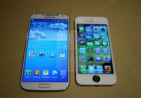 galaxy s4 vs iphone 5s iphone 5 vs samsung galaxy s4 the smartphone heavyweight