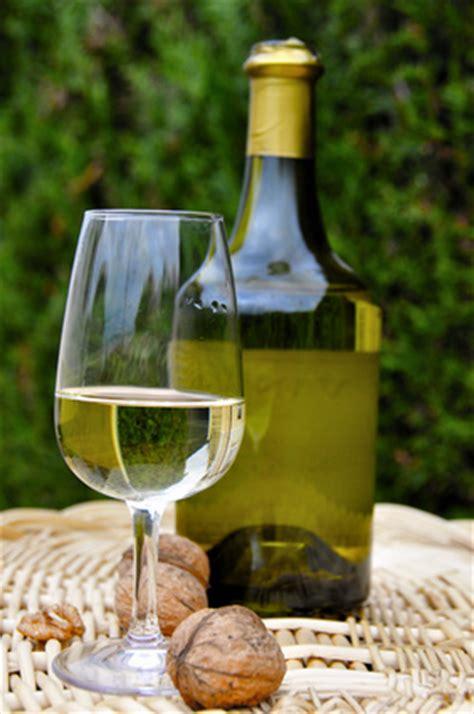 vin jaune du jura equivalent