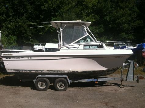 Craigslist Nh Boats by Quot Cuddy Cabin Quot Boat Listings In Nh