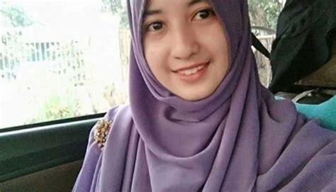 gadis cantik  meninggal ketika baca al quran